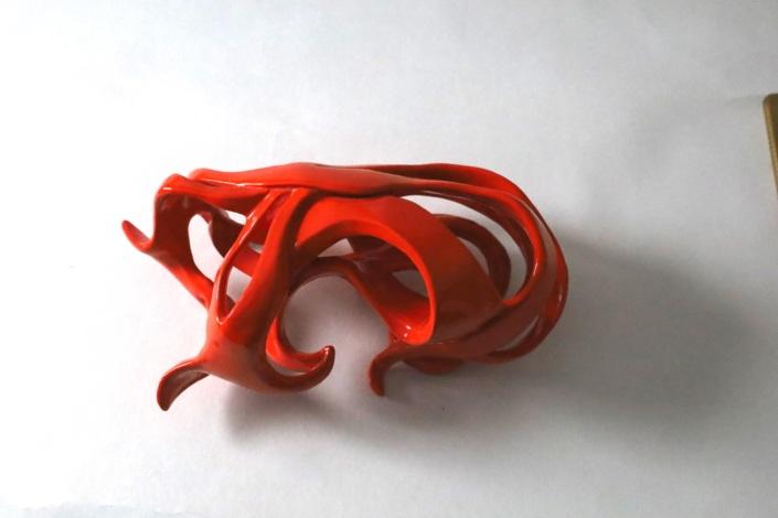 Ellipse sculpture céramique orange Julie Espiau Entrelacs