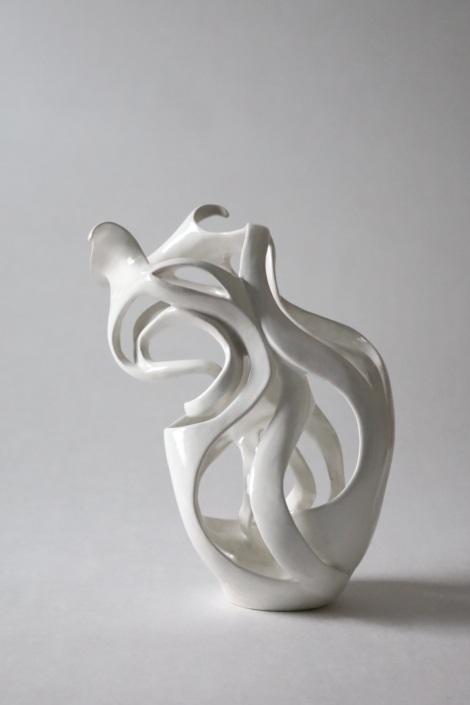 Sculpture ceramique contemporaine Julie Espiau entrelacée