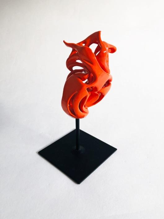 Volute océane Virevolte Sculpture céramique contemporaine Julie Espiau Paris
