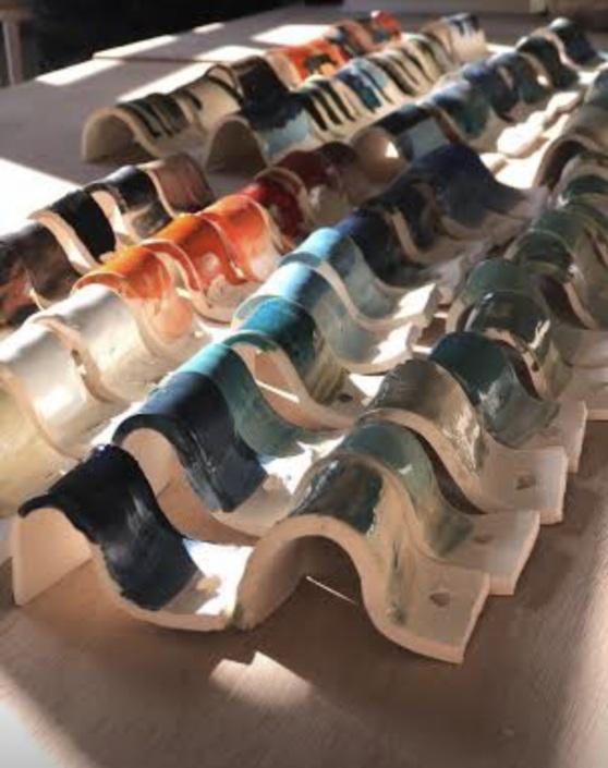 Test d'émaux à l'atelier, déclinaisons de couleurs. JUlie Espiau Sculpture céramique